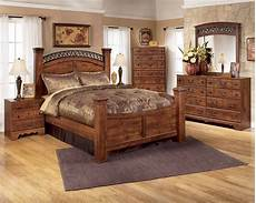 triomphe poster bedroom set standard furniture