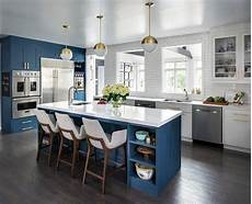 Arrow Lighting Larchmont Ny White And Gold Light Pendants With Blue Center Island