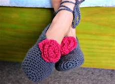 the easiest crochet slippers the green dragonfly