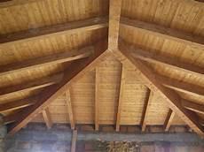 tetto a padiglione giunto cnp a tre vie travi in legno lamellare cosimo