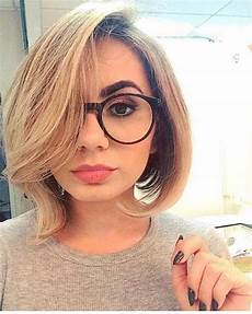 kurzhaarfrisuren rundes gesicht brille 20 ideas of haircuts for faces and glasses