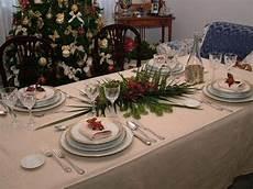 come preparare il tavolo come apparecchiare il tavolo di natale