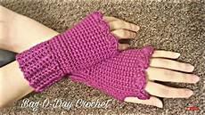 crochet fingerless gloves wristers tutorial 155 bagoday