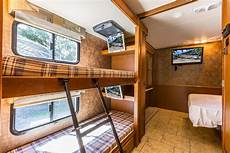 what s the difference between an rv with bunk beds and a