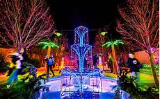 Best Places To See Christmas Lights In Houston Texas America S Favorite Cities For Christmas Lights 2016