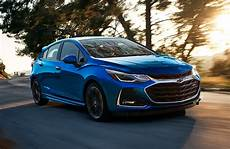 2019 chevy cruze 2019 chevy cruze lt specs and features