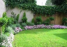 House Garden Ideas Thoughtskoto