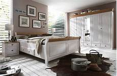 schlafzimmer kiefer weiß bett 200x200 2 schubladen kiefer massiv 2farbig wei 223