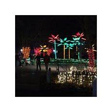 Zoo Lights St Louis Hours Wild Lights At The St Louis Zoo 2019 All You Need To