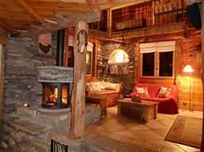 foyer de montagne d 233 coration d interieur rustiques des chalets de montagne