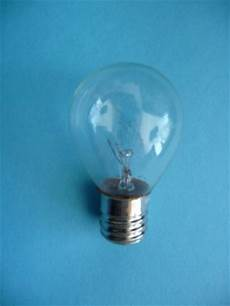 Singer Sewing Machine Light Bulb Replacement Singer 99 185 Sewing Machine Light Bulb 15 Watt Globe