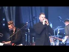 Matthew West Into The Light Youtube Matthew West Do Something Live Forever Tour 2015 Youtube