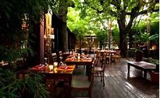 ristorante il cortile roma ristoranti 20 tavole con giardino per mangiare all