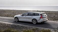 Birch Light 2019 Volvo V60 T6 Awd Momentum Color Birch Light