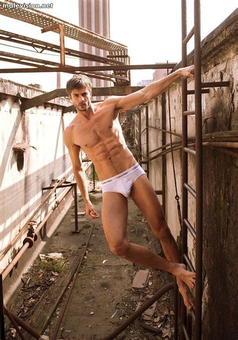 Sam Heuston Naked Pictures
