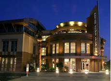 Chapman University Graphic Design California Chapman University Auditorium Orange Ca Universal Metro