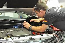 Kfz Mechatroniker Werkzeugherstellung by Kraftfahrzeugmechatroniker In Worldskills Germany