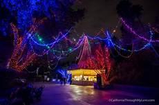 La Zoo Lights Family Celebration La Zoo Lights Christmas Lights At The Los Angeles Zoo