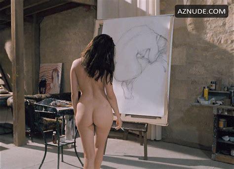 Nude Women Spread Eagle
