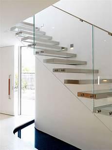 corrimano in vetro per scale 30 immagini di scale interne con ringhiere in vetro
