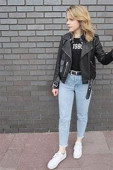 What To Wear With Light Blue Jeans How To Wear Light Blue Jeans 2 Light Blue Jeans Outfit