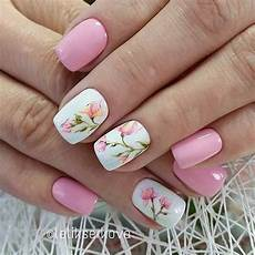 Acrylic Nails With Flower Design 21 Gorgeous Floral Nail Designs For Spring Stayglam