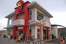 Mc Malvorlagen Indonesia Mcdonald S Yogyakarta Sudirman Java Indonesia This