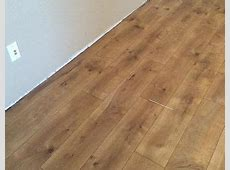 Pergo XP Riverbend Oak 10 mm Thick x 7 1/2 in. Wide x 47 1/4 in. Length Laminate Flooring (19.63