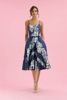 10 dresses to wear to a summer wedding