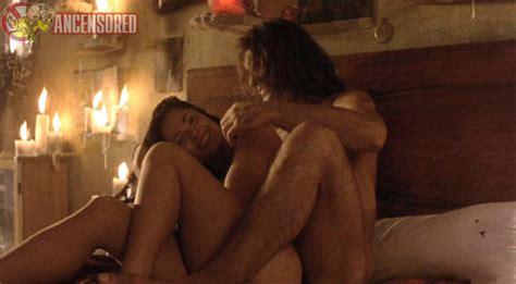 Naked Sabrina Carpenter