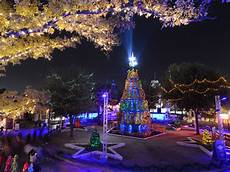 Arlington Park Christmas Lights The Most Dazzling Christmas Light Displays Around Fort