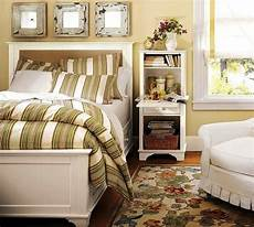 Decorating Small Bedroom Ideas Bedroom Decorating Ideas On A Small Budget Interior
