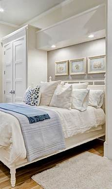 Simple Master Bedroom Ideas 100 Simple And Easy Small Master Bedroom Ideas 50
