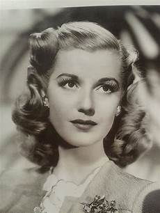 1940s hairstyles for women s to try once in lifetime the