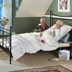 sit u up pillow lift bedroom cushion lifters mangar health