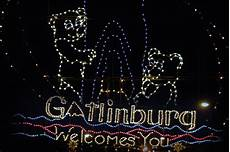 Gatlinburg Trolley Ride Of Lights Tickets 2018 See Gatlinburg S Christmas Parade When You Stay At River