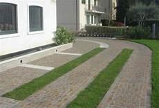 pavimentazione cortili esterni pavimentazione per esterni a bolzano eleganti e funzionali