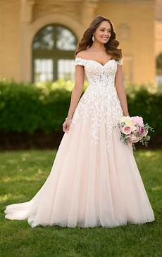 Design Your Wedding Dress Free Romantic A Line Wedding Gown With Organic Leaf Pattern