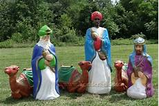 Outdoor Lighted Plastic Nativity Set Life Size Outdoor Nativity Wisemen W Camels Not