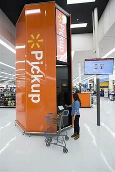 Walmart Glenpool Walmart Built A Giant Tower For Online Orders Business