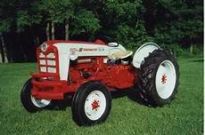 Antique Tractors 1958 Ford 801 Powermaster Picture