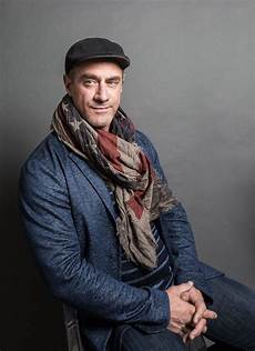 christopher meloni is keeping an eye on the president