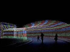 Free Christmas Lights In Arlington Texas 10 Great Places For Families To See Christmas Lights