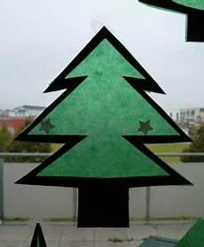 Fensterbilder Weihnachten Vorlagen Tannenbaum Nikolaus Und Tannenb 228 Ume Aus Transparentpapier F 252 Rs