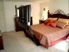 tele per da letto tele enorme sotto il letto