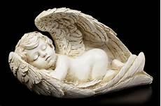 baby engel engel figur baby eingeh 252 llt in fl 252 gel engel figuren