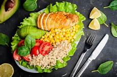 low carb diet may reduce hba1c more than low diet in