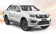 nissan navara 2019 facelift rumors 2017 nissan titan price competitive engine 2019 2020