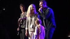Matthew West Into The Light Youtube Matthew West Introduces His Family Into The Light Tour