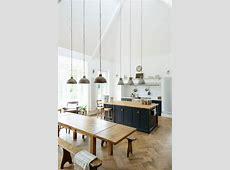 Cuisine bois moderne : idées pour un intérieur chaleureux